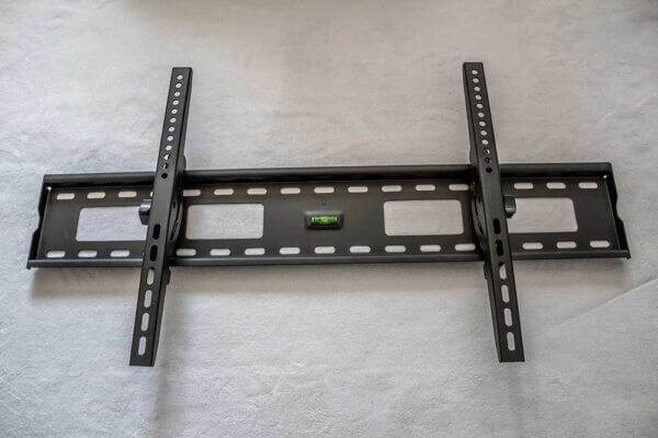 Basic Tilting tv wall Mount 2213